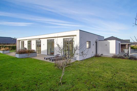 Villa på Bæveren i Støvring - Ejendommen