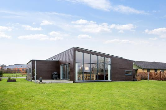 Villa på Bymarken i Arden - Ejendommen