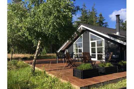 Fritidsbolig på Solbærvej i Ålbæk - Ejendommen