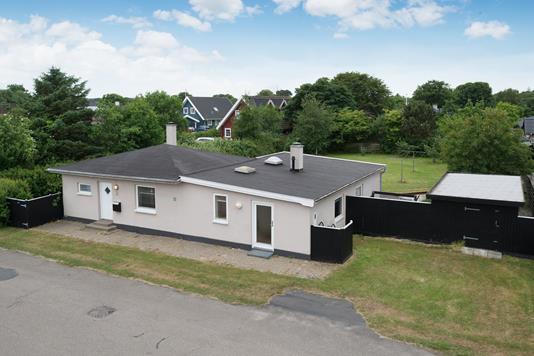 Villa på Bådevej i Ålbæk - Ejendommen