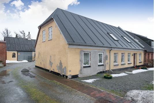 Villa på Skagensvej i Ålbæk - Ejendommen