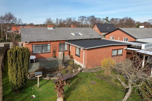 Villa på Sdr. Havnevej i Ålbæk - Ejendommen