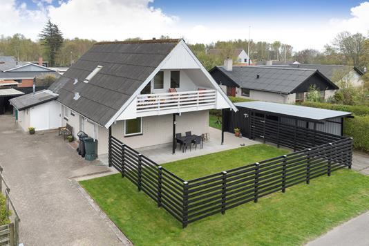 Villa på Græsholmvej i Ålbæk - Ejendommen