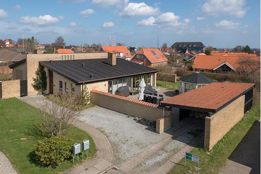 Villa på Åhaven i Frederikshavn - Ejendommen