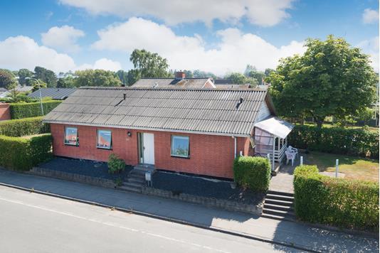 Villa på Lundevej i Frederikshavn - Ejendommen