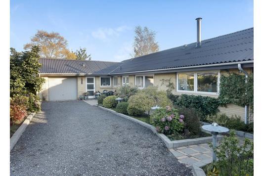 Villa på Otto Sverdrups Vej i Frederikshavn - Ejendommen