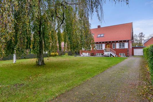 Villa på Skovalleen i Frederikshavn - Ejendommen