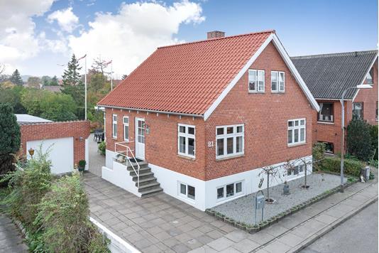 Villa på Bådervej i Frederikshavn - Ejendommen