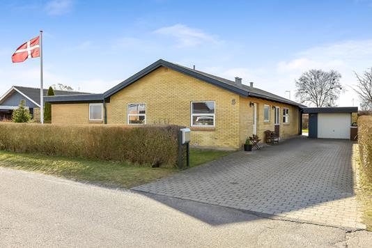 Villa på Mylius Erichsens Vej i Frederikshavn - Ejendommen