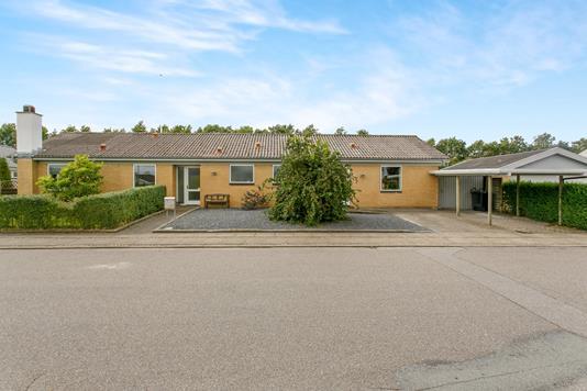 Villa på Padborgvej i Frederikshavn - Ejendommen