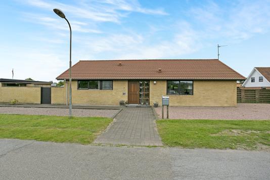 Villa på Fridtjof Nansens Vej i Frederikshavn - Ejendommen