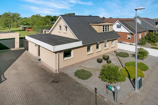 Villa på Gl. Skagensvej i Frederikshavn - Ejendommen