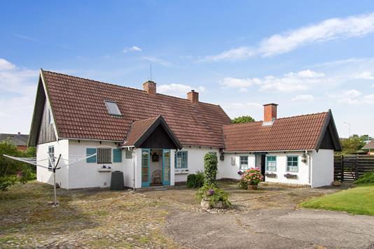 Villa på Holmbovej i Frederikshavn - Ejendommen