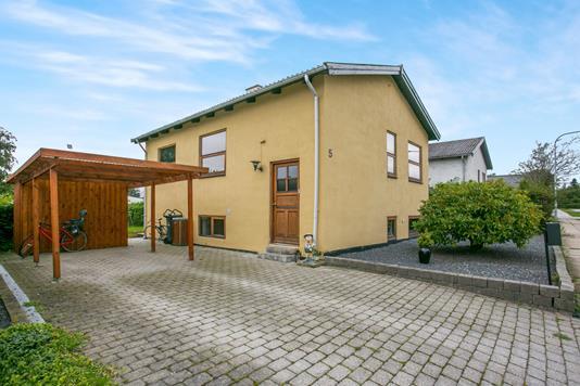 Villa på Ollendorffsvej i Frederikshavn - Ejendommen