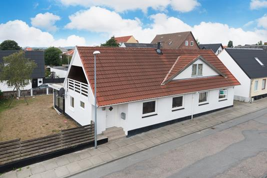 Villa på Munkegade i Frederikshavn - Ejendommen