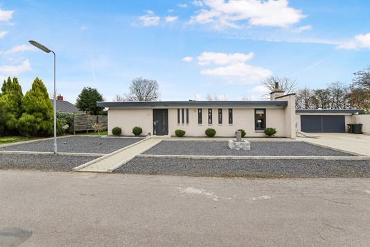 Villa på Tvedens Alle i Sulsted - Ejendommen
