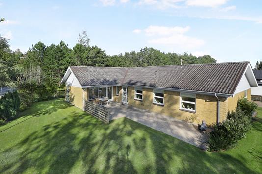 Villa på Søndermarken i Hjallerup - Ejendom 1