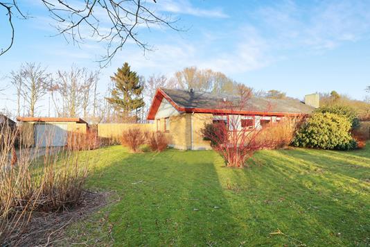 Villa på Bøgevangen i Dronninglund - Ejendommen