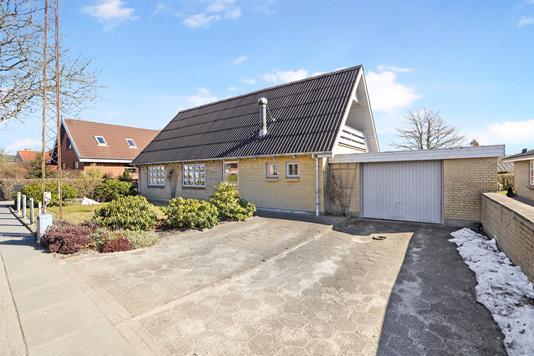Villa på Ellehammersvej i Vadum - Ejendommen