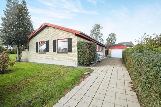Villa på Blomsterskrænten i Nørresundby - Ejendom 1