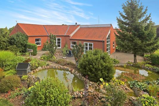 Villa på Hellevadvej i Hjallerup - Ejendom 1