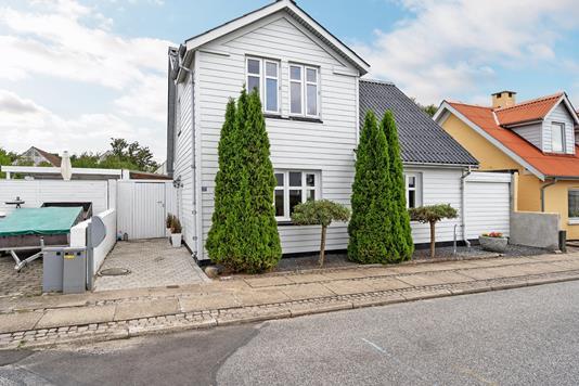 Villa på Fredensvej i Nørresundby - Ejendommen