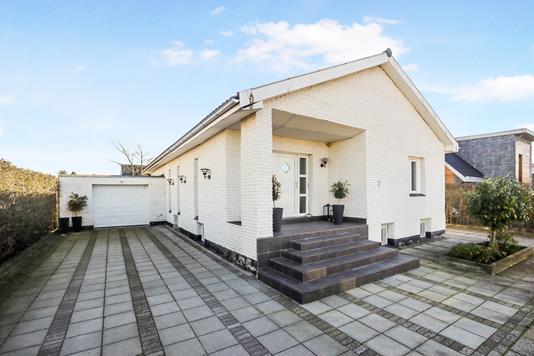 Villa på Klitrosevej i Nørresundby - Ejendom 1