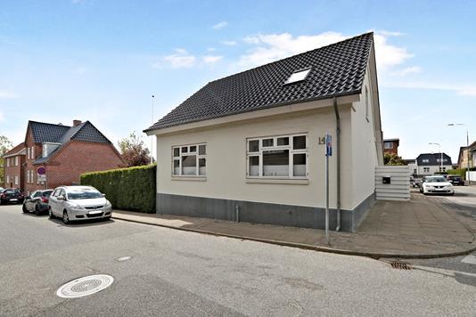 Villa på Bakkelygade i Nørresundby - Ejendom 1