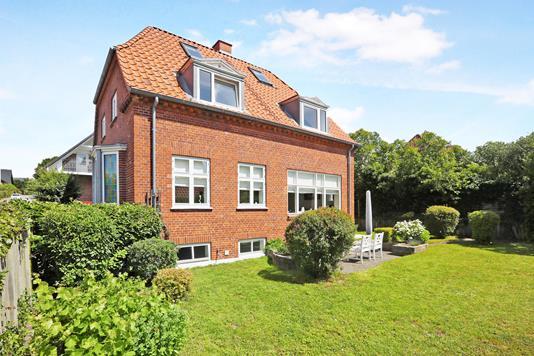Villa på Kapelvej i Nørresundby - Ejendom 1