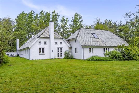 Villa på Sandmosevej i Aabybro - Ejendommen