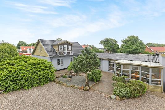 Villa på Tylstrupvej i Hjallerup - Ejendommen