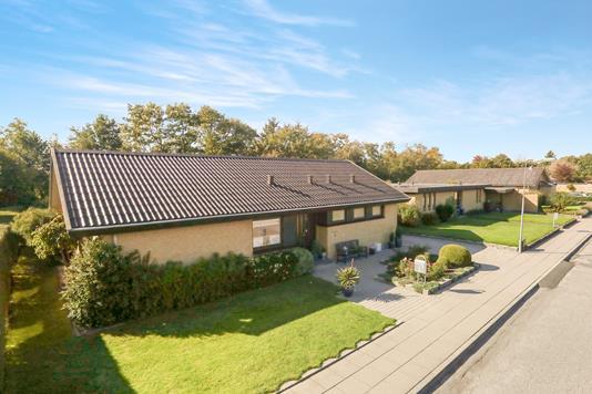 Villa på Lærkevænget i Vadum - Ejendom 1