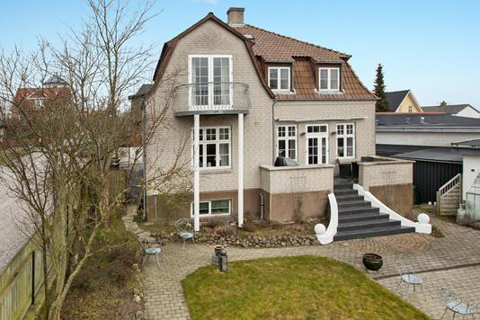 Villa på Vandværksvej i Hadsund - Ejendommen