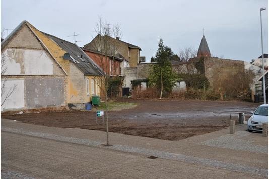 Helårsgrund på Storegade i Hadsund - Grund