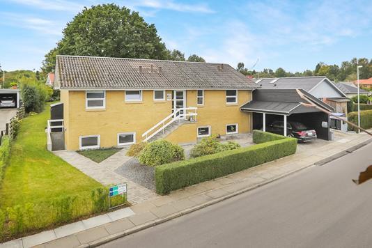 Villa på Hedevej i Hadsund - Ejendommen