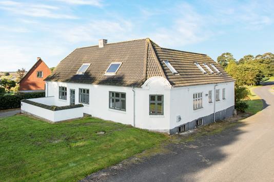 Villa på Fjelstedvej i Mariager - Ejendommen