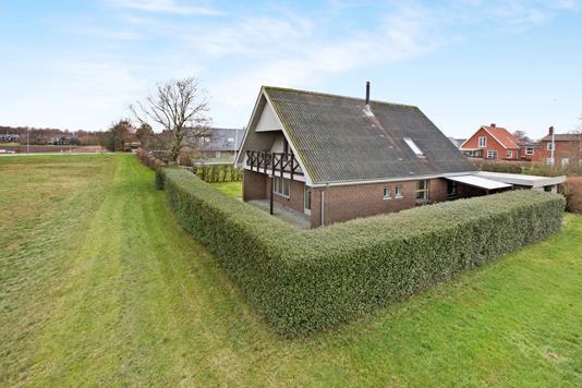 Villa på Rønnevej i Hadsund - Ejendom 1