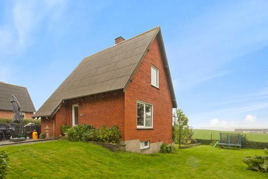 Villa på Morildvej i Tårs - Ejendommen