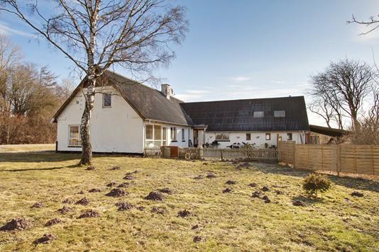 Villa på Sæby Landevej i Tårs - Ejendommen
