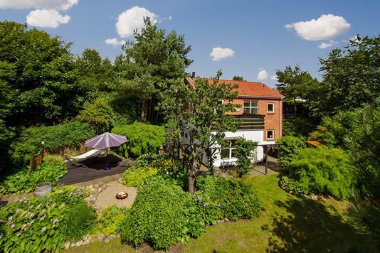 Villa på Bjarkesvej i Sindal - Ejendommen