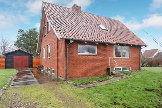 Villa på Hovedvejen i Hirtshals - Ejendommen