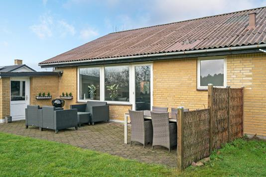 Villa på Jerupvej i Sindal - Ejendommen
