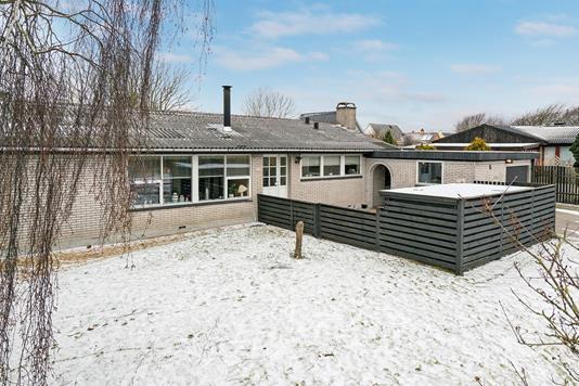 Villa på Vidstrup Parallelvej i Hjørring - Ejendommen