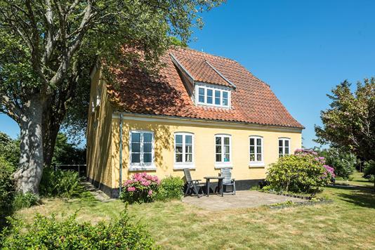 Villa på Mygdal Kirkevej i Hjørring - Ejendommen
