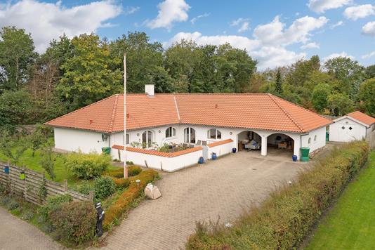 Villa på Ålevej i Bindslev - Ejendommen