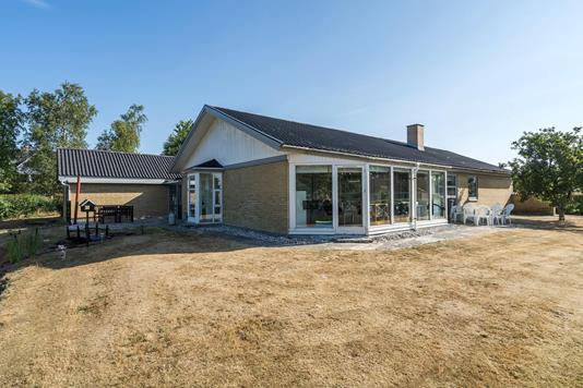 Villa på Østerlund i Sindal - Ejendommen