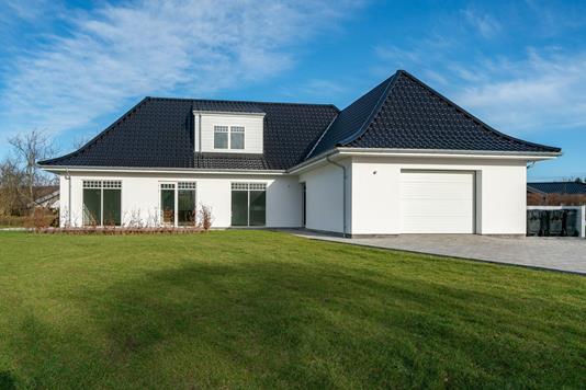 Villa på Halvorsmindevej i Hjørring - Ejendommen