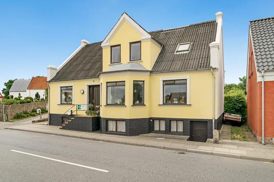 Villa på Søndergade i Sindal - Ejendommen