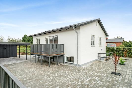 Villa på Lundtoftevej i Hjørring - Ejendommen