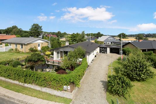 Villa på Parallelvej i Aalborg SØ - Ejendom 1